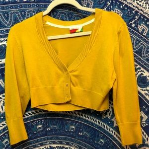 ModCloth cropped mustard sweater